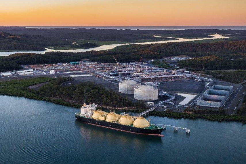 Gladstone port breaks LNG export record