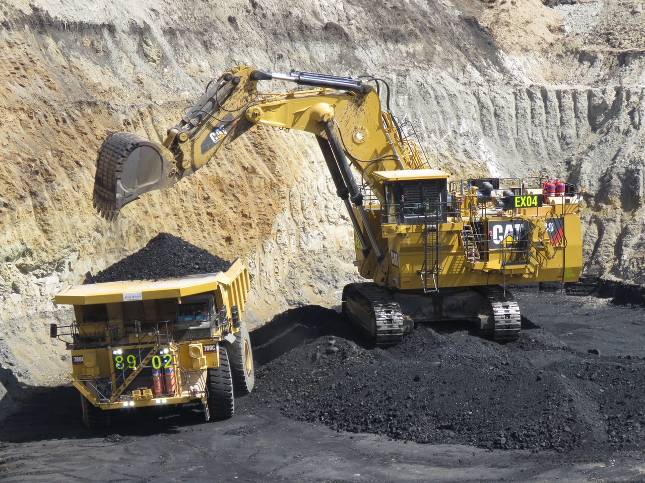 Coal props up Budget infrastructure pledge