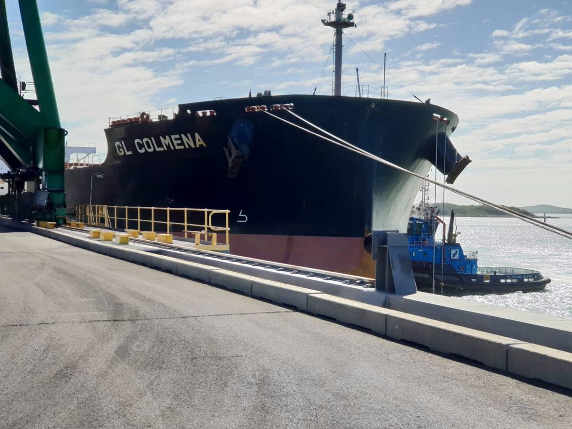 Cook coal ships from Gladstone after restart